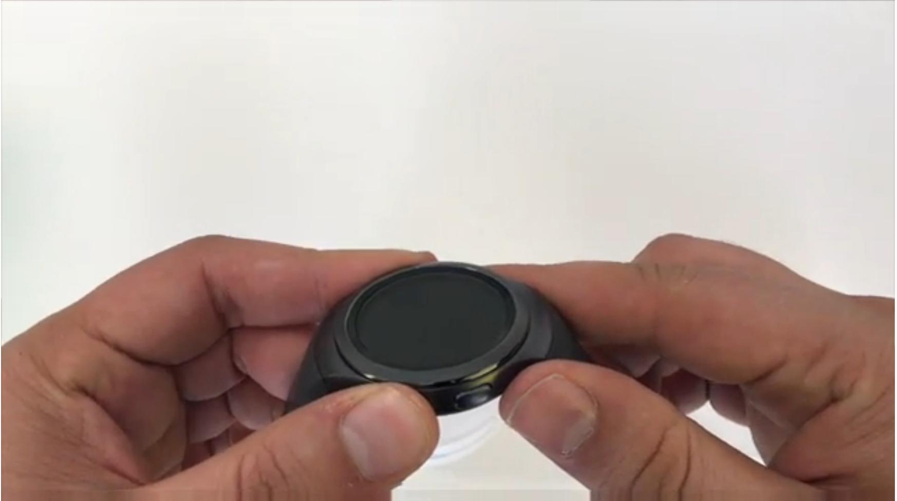ویدیو آنباکس Samsung Galaxy Gear s2 Sport
