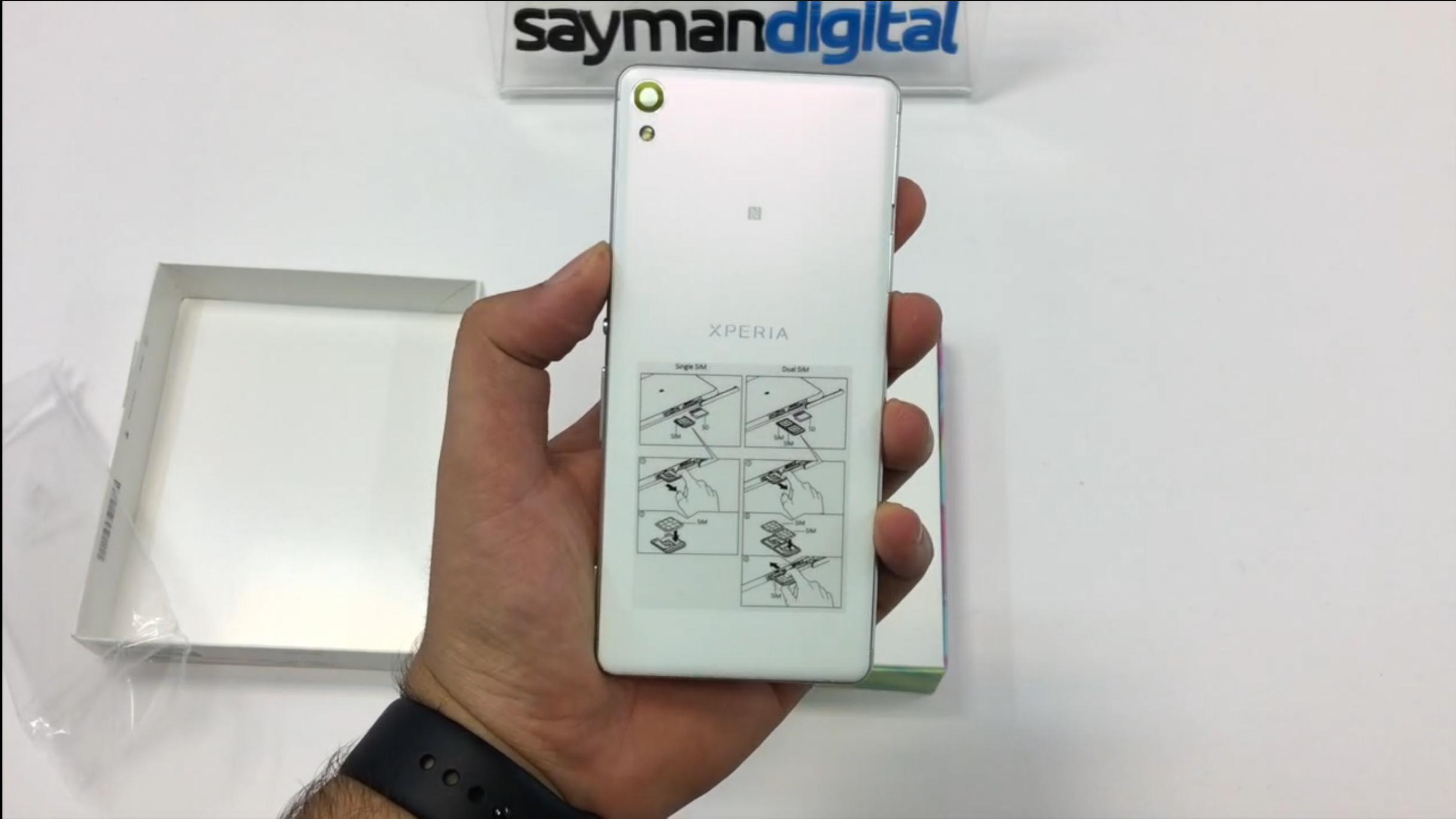 ویدیو آنباکس Sony Xperia XA