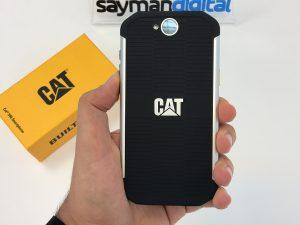 ویدیو آنباکس Caterpillar S40