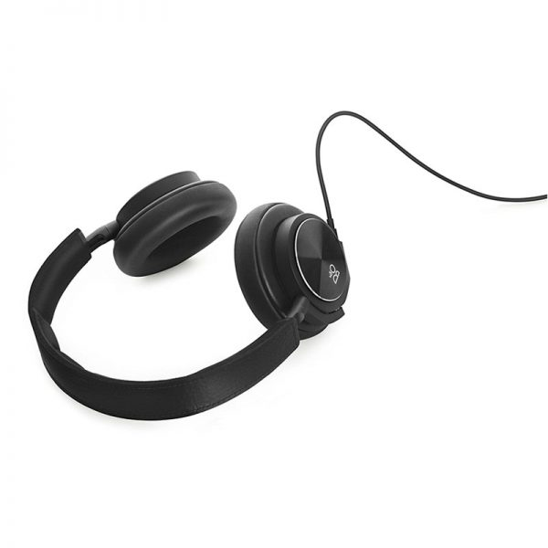 Bang and Olufsen Beoplay H6 Headphone