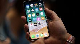 7 تقلید اپل از گوشی های اندرویدی در ساخت آیفون ایکس