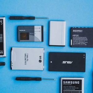 معرفی 10 گوشی برتر سال 2017 در زمینه باتری
