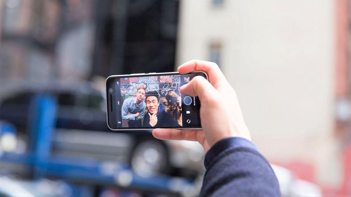 گوشی های برتر سال 2017 در زمینه دوربین سلفی