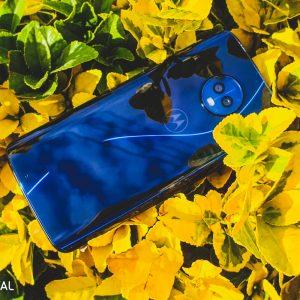 موتو جی 6 - بهترین گوشی های اندرویدی مقرون به صرفه (آبان 97)