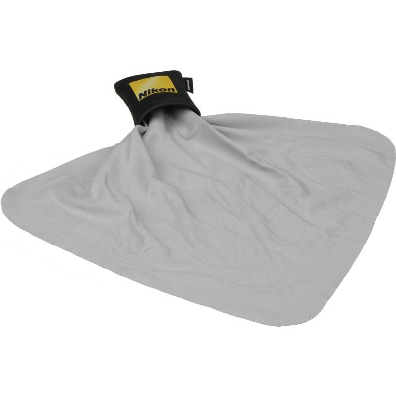 استفاده از پارچهی تمیزکنندهی میکروفیبری