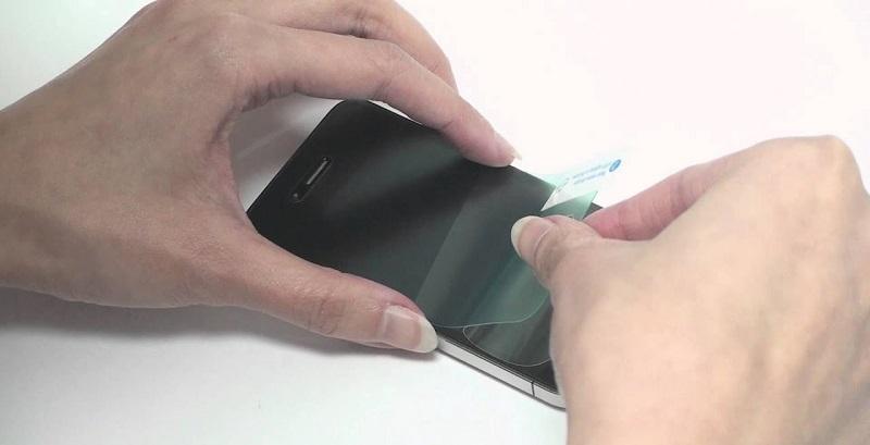 محافظ صفحه نمایش بسیار شفاف