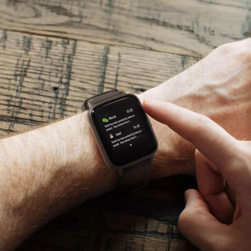 راحتی استفاده از ساعت هوشمند هایلو LS01