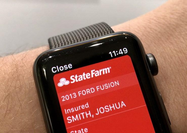 مدیریت بیمه خودرو به وسیله ساعت هوشمند اپل واچ