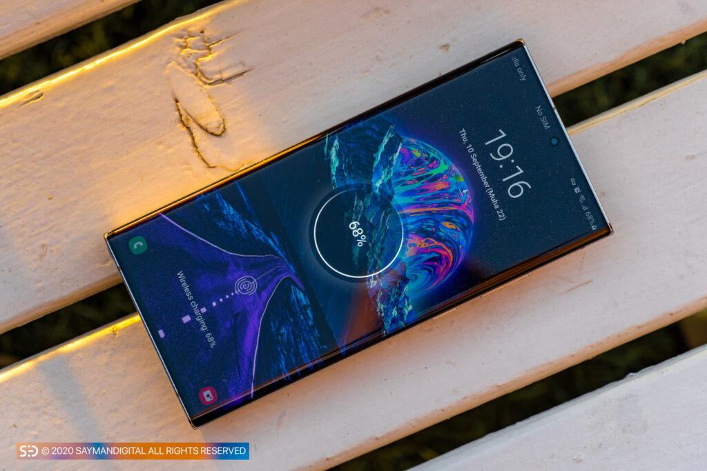 نوت ۲۰ اولترا در مطلب بهترین گوشی های ۲۰۲۰ از نظر باتری