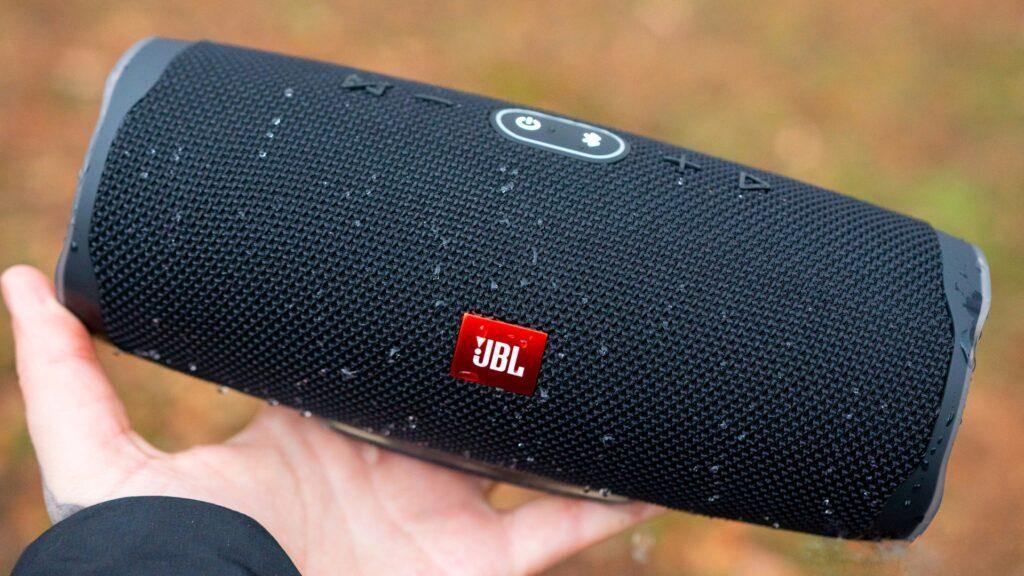 اسپیکر JBL CHARGE 4 در معرفی بهترین اسپیکرهای بلوتوثی