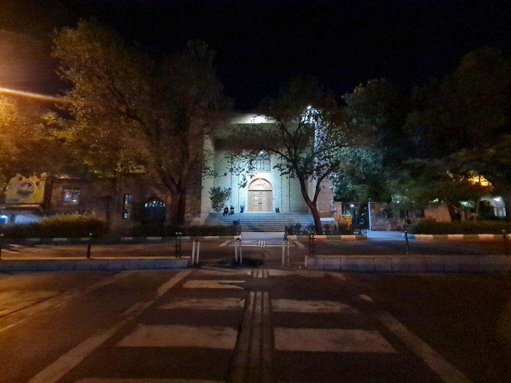 دوربین فوق عریض در شب بدون نایت مود