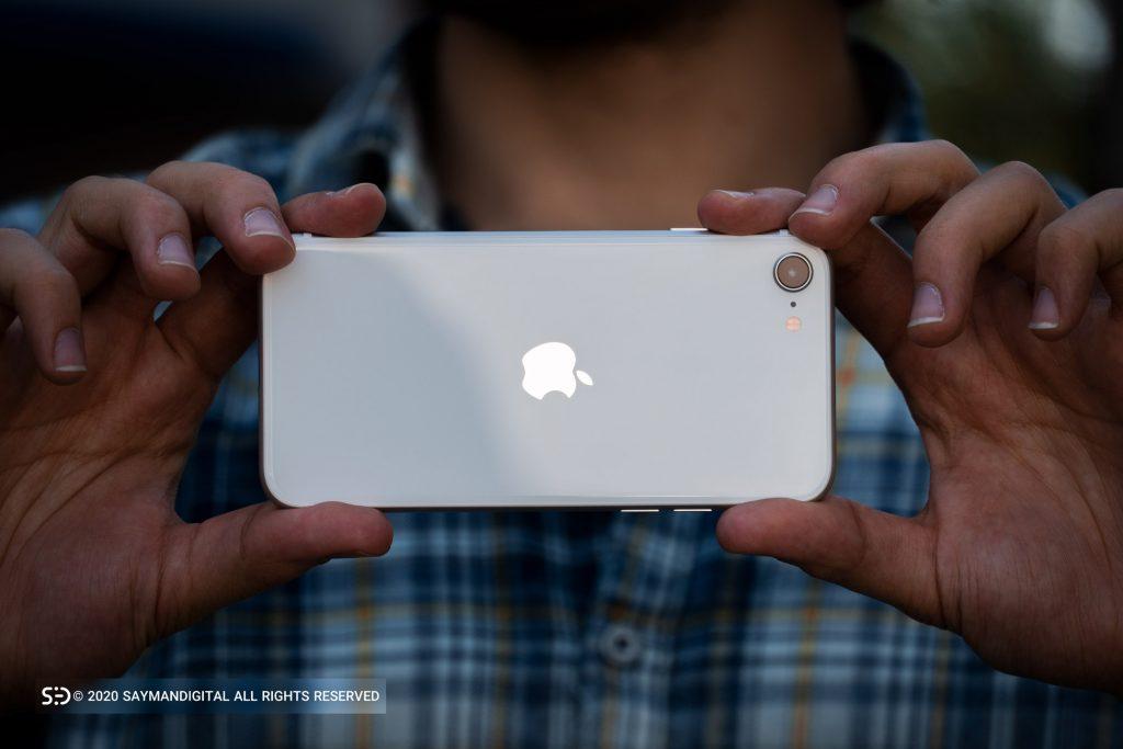دوربین تکی آیفون اس ای ۲۰۲۰ اپل