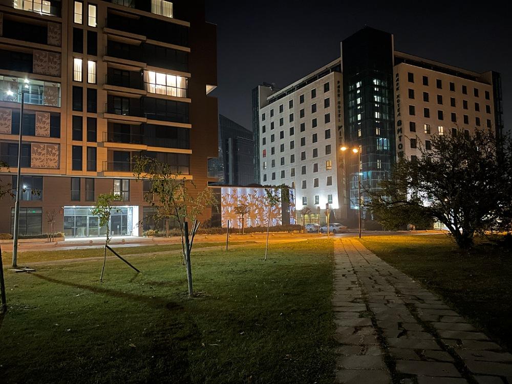 دوربین اصلی در شب
