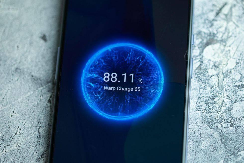 تکنولوژی وارپ شارژ 65 واتی وان پلاس ۹/OnePlus 9/وان پلاس 9