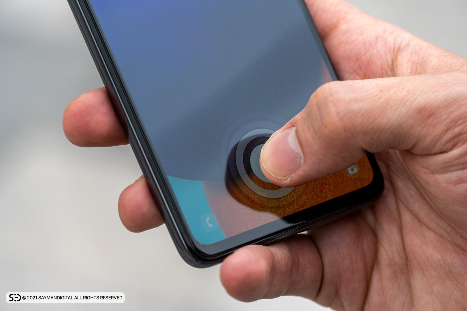 حسگر اثرانگشت زیر نمایشگر در مطلب بررسی Galaxy A52