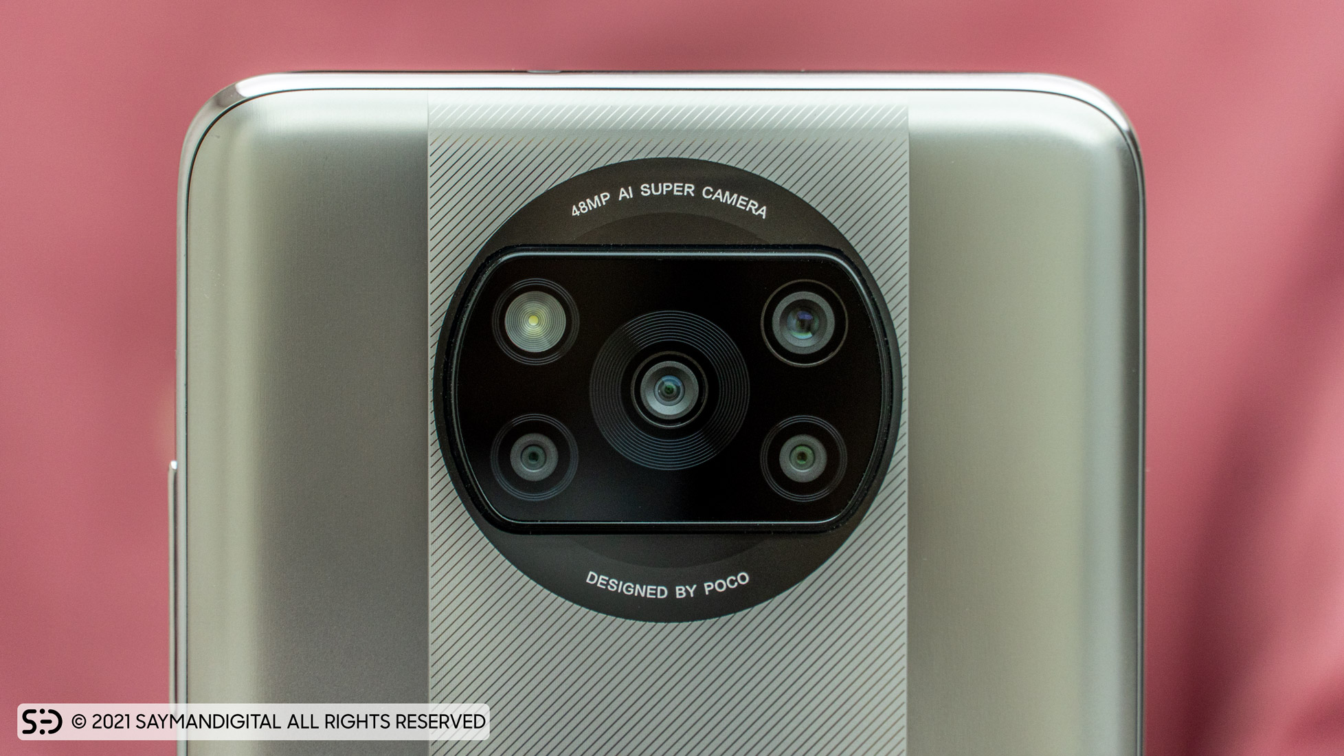 چیدمان لنز دوربینها در مطلب بررسی پوکو ایکس 3 پرو